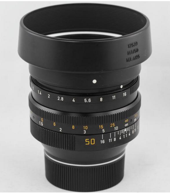 Leica Noctilux 50!