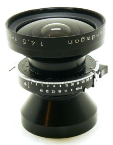 90mm_f4.5[1]
